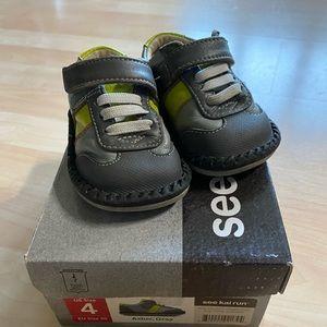 See Kai Run Asher Gray Boys Shoes 4 EU 20